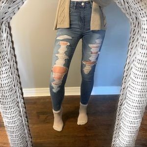American Eagle High Rise Ripped Jegging Jeans